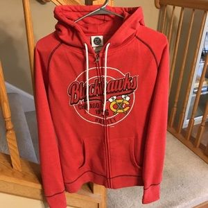 Blackhawks Women's Sweatshirt Size Medium Hockey
